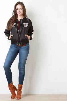 Eye Of The Tiger Embroidered Bomber Jacket - Gioellia Boutique - 3
