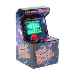 Mini Arcade Machine  Back to the future met deze mini retro arcade machine. Past op de hoek van ieder bureau, compleet met 240 ingebouwde back to the 80's arcade games, speakers en originele arcade joystick. De Mini Arcade Machine staat garant voor uren speelplezier!