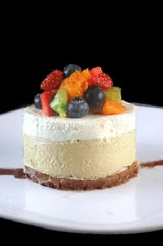 Skinny Cheesecake Two Ways -  using either Greek Yogurt or Cottage Cheese.. 245 calories per serving.