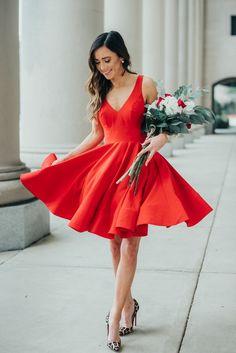 Simple Knee Length V-neckline Red Homecoming Dress