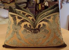 US $395.00 New in Collectibles, Linens & Textiles (1930-Now), Pillows