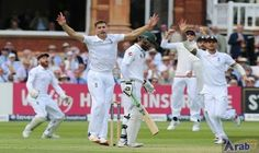 Chris Woakes double strike rocks Pakistan in…: England's Chris Woakes took two wickets in quick succession as Pakistan's Mohammad Amir…