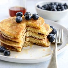 These Almond Flour Pancakes are my favorite gluten-free recipe! They are low-carb, keto-friendly, and easy to make with just 5 main ingredients. #almondflour #pancakes #brunch #paleo #grainfree #glutenfree #dairyfree #glutenfreerecipes #healthyrecipes #healthyfood #breakfast #recipes #cookingshow Oven Baked Pancakes, Waffles, Butter Pancakes, Almond Flour Pancakes, Gluten Free Pancakes, Keto Pancakes, Coconut Flour, Cheese Pancakes, Vegan Keto