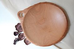 Wooden art plate Father's dasy gift hand turn wood plate wooden dish wood fruit plate dinner plate w Wooden Statues, Wooden Art, Jewelry Tray, Jewelry Dish, Wooden Animal Toys, Wooden Platters, Fruit Plate, Plate Sets, Wood Turning