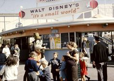 """Disneyland: Celebrate the anniversary of """"it's a small world"""" with historical images and videos All Disney Parks, Walt Disney World, Disney Pins, Small World, Flushing New York, World Heavyweight Championship, Vintage Disneyland, Old Disney, Historical Images"""