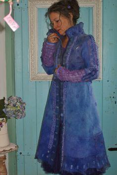 felted purple coat https://www.facebook.com/AtelierRozevilterije?ref=hl