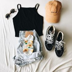 Trendy Spring Outfits That Will Enchant You 81 Outfits For Casual Occasions in Spring 2019 Cute Comfy Outfits, Cute Summer Outfits, Pretty Outfits, Stylish Outfits, Spring Outfits, Cool Outfits, Spring Wear, Spring Style, Winter Outfits