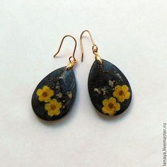 Купить Серьги Ночной цветок ювелирная смола - черный, серьги, ювелирная смола, смола украшения