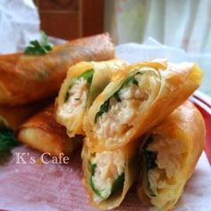 Easy to save! Chicken breast meat and large leaf spring roll cheese in ️️ Asian Recipes, Healthy Recipes, Ethnic Recipes, Vegetable Recipes, Chicken Recipes, Asian Cooking, Diy Food, No Cook Meals, Food To Make