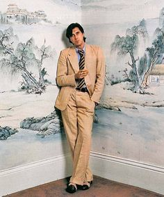 Bryan Ferry and some pretty wallpaper
