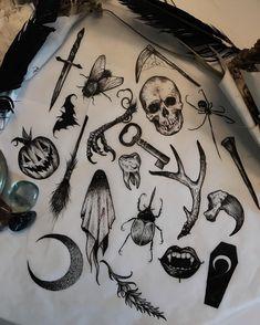 Tattoos And Body Art flash tattoo Flash Art Tattoos, 13 Tattoos, Spooky Tattoos, Tattoo Flash Sheet, Bild Tattoos, Black Tattoos, Body Art Tattoos, Small Tattoos, Cool Tattoos