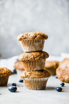 Muffin Recipes, Breakfast Recipes, Snack Recipes, Healthy Muffins, Healthy Snacks, Healthy Cupcakes, Chocolate Chip Bread, Simple Muffin Recipe, Bran Muffins