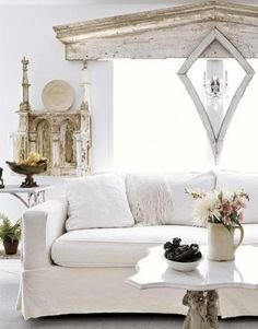 architectural salvage, living rooms, mobile homes, shabbi chic, shabby chic cottage, white, old wood, windows, window treatments