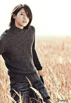 CNU/Shinwoo 신우 ♥♬ from B1A4 비원에이포