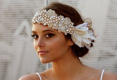 The Original Crystal Bridal Hair Bandeau Carey por DolorisPetunia