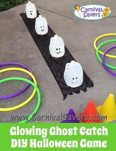 DONE - used pumpkins. DIY Halloween Game - Glowing Ghosts use empty milk cartons and bright white lights Halloween Carnival Games, Fall Carnival, School Carnival, Halloween Activities, Carnival Ideas, Halloween Birthday, Holidays Halloween, Halloween Crafts, Halloween Ideas