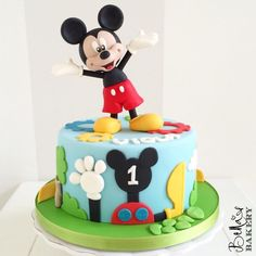 Bella's Bakery - Buon compleanno Viola! Torta Mickey Mouse by...