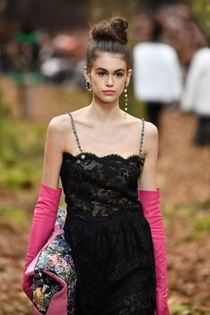 PARIS, FRANCE - MARCH 06:  Kaia Gerber walks the runway during the Chanel show as part of the Paris Fashion Week Womenswear Fall/Winter 2018/2019 on March 6, 2018 in Paris, France.  (Photo by Pascal Le Segretain/Getty Images)
