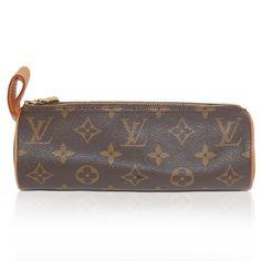 Louis Vuitton Monogram Trousse Ronde Pouch / Designer Handbags & Purses Louis Vuitton Monogram, Louis Vuitton Damier, Couture Accessories, Designer Handbags, Pouch, Purses, Amp, Pattern, Fashion