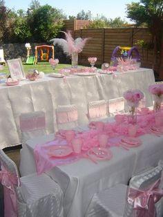Cute table set up at a Princess Party #princess #party