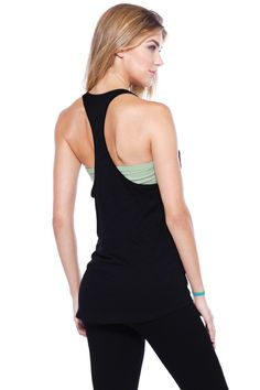 Show off that summer bod you've been working on with this relaxed racer back sport top!