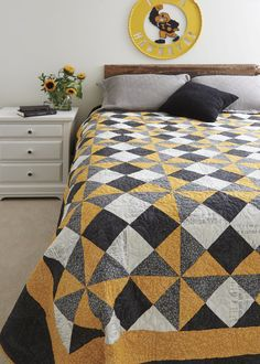 Hawk Fan: Make a College Quilt for a Hawkeye (and Others)