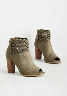 Do Or Diamond Bootie. Certain situations call for serious style, which is why you employ these taupe booties on the occasion of a fab first date! #tan #modcloth