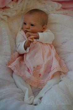 ~*Katescradles*~ LTD. ED. Reborn Baby Girl   Presley   Presentation Box and Cert