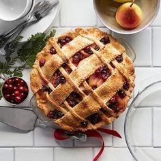 pear-cranberry-pie-652x652