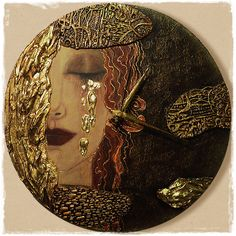 Ver a imagem de origem - Clock / Órák - Liebe zum Arrangements Decoupage Wood, Homemade Art, Modern Clock, Ceramic Wall Art, Mirror Mosaic, Diy Clock, Handmade Books, Pottery Painting, Mural Art