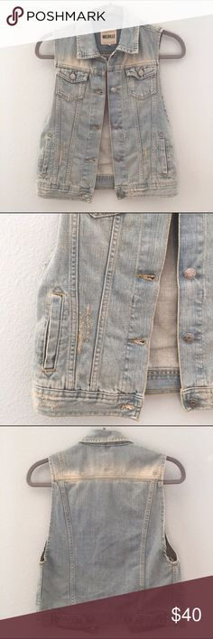 Brandy Melville Denim Jean Vest No damage. Perfect condition. Only worn a few time. One Size. Vest has 2 button pockets and 2 open pockets on front of vest. Perfect for fall. Great for layering. Brandy Melville Jackets & Coats Vests