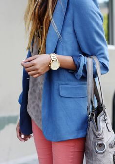 Blue blazer, pale pink jeans and gold watch Looks Style, Style Me, Look Fashion, Womens Fashion, Fashion Trends, Fashion Ideas, Miranda Priestly, Look Blazer, Denim Blazer