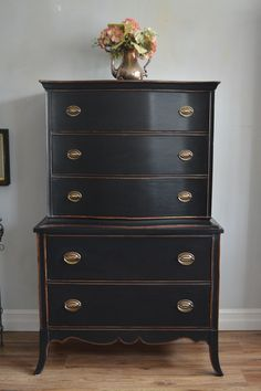Exquisite Furniture, Toronto Shabby Chic, Antique Furniture Toronto, caledon antique furniture, Vintage Furniture Toronto Antique Furniture Guelph, Antique Furniture Orangeville, Also Serving Dufferin County & Wellington County -     My Paris Apartment Antiques
