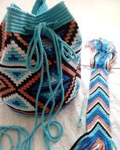 Tapestry Bag, Tapestry Crochet, Crochet Baby Booties, Knit Crochet, Crochet Bracelet, Handmade Bags, Purses And Handbags, Etsy Seller, Crochet Patterns