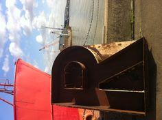 R. Trinity Buoy Wharf.