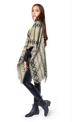 #fashion #fallstyle #beige #tribal #native #wool #poncho #wraps #clothing #apparel #womens #geometric #abstract @shopVIDA