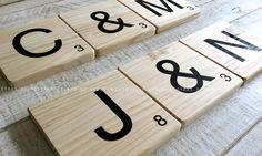 Scrabble de madera maciza. Letras de madera. Tienda online.