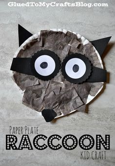 Paper Plate Raccoon {Kid Craft} Preschool Art, Preschool Themes, Craft Activities For Kids, Crafts For Kids, Senior Activities, Forest Animals, Woodland Animals, Nocturnal Animals, Hibernating Animals