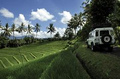 LAND ROVER ADVENTURE (4 X 4) Experience a unique adventure in the heart of Bali with 4x4 land rover, far away from center of tourist area of this island. Discover a way to the jungle and rice terrace and go further through the mountain in the heart of the island. Then find yourself to enjoy meal in bamboo restaurant with tropical atmosphere