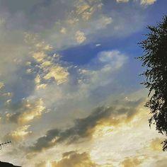 Stunning English sunrise. I can see why #turner was so inspired!  #sunrise #english #morningsun