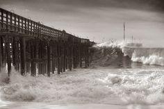 Ventura Pier getting pounded-Steve Munch