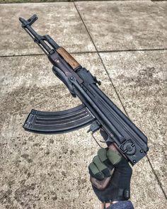 ☭ _____________ #ak47 #kalashnikov #ak74 #Калашников #rifle #m16 #ar15 #m14 #vietnamwar #ww2 #gun #guns #weapon #everydaycarry #tactical…