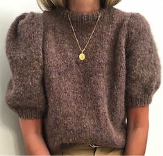 Ravelry: Mai Puffbluse pattern by Siv Kristin Olsen Mein Style, Lang Yarns, Dress Gloves, Yarn Brands, Knit Fashion, Fashion Fashion, Knit Shirt, Up Girl, Knitting Yarn