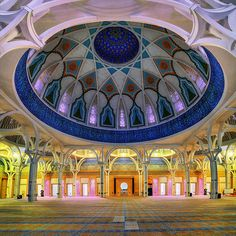 the main prayer hall of the State Mosque of Sarawak (also known as the Petra Jaya State Mosque), Kuching, Sarawak. Mosque Architecture, Architecture Wallpaper, Amazing Architecture, World's Most Beautiful, Beautiful World, Kuching Malaysia, Beautiful Mosques, Sunset Wallpaper, Interesting Buildings
