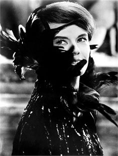 L'Anno Scorso a Marianbad 1961  Delphine Seyrig,  © Everett Collection