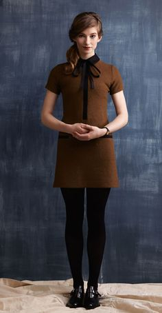 POLLY Olive/Black: Short sleeve dress in boiled wool, A-line skirt, hidden button placket, contrasting pockets and collar. Betina Lou Fall-Winter 2013-14.