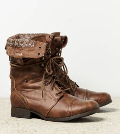 I want these boots when the fall season comes. Cute with leggings