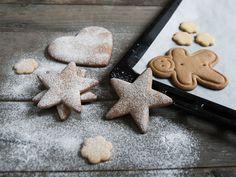 Julens beste pepperkaker Christmas Sweets, Xmas, Gingerbread Cookies, Cooking Recipes, Baking, Holiday, Food, Cakes, Gingerbread Cupcakes