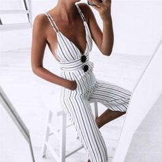 30 Chic Summer Outfit Ideas - Street Style Look. The Best of summer fashion in - Luxe Fashion New Trends - Fashion Ideas Fashion Moda, Look Fashion, Womens Fashion, Fashion Trends, 90s Fashion, Latest Fashion, Beach Fashion, Fashion Outfits, Fashion Stores