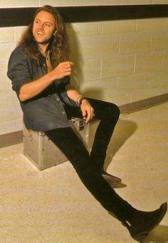 Aquí encontraras hermozaz imagenes de los wapos de Metallica7^7 Est… #detodo # De Todo # amreading # books # wattpad